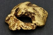 Record-breaking 'Reunion' gold nugget found in river