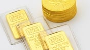Gold climbs following fresh Covid fears