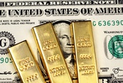Gold back over £990 per ounce as US Dollar weighs on the Pound